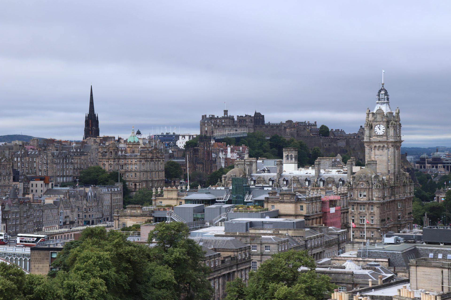 Edinburgh vom Calton Hill aus gesehen